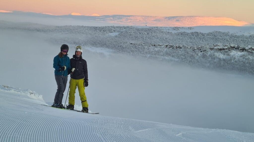 Skidåkning och snowboard i Tänndalen i december