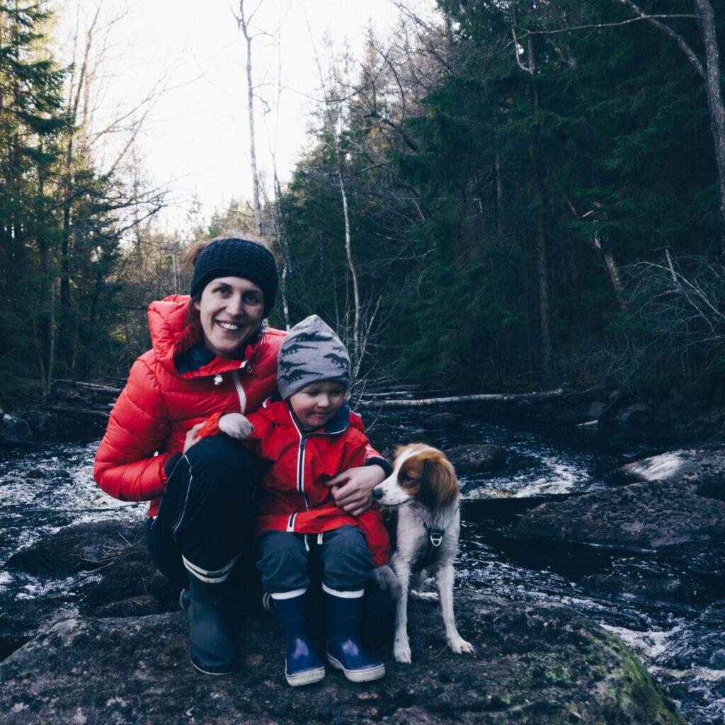 Vandring med hund och barn